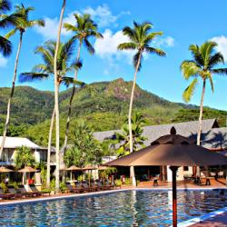 4* AVANI Barbarons Resort and Spa - 7 nights